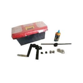 Инструмент для нарезания резьбы и конуса